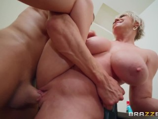 Milf was fucked by a hard dick!