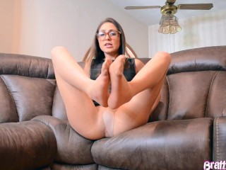 Cute Teen in Pantyhose Tease Her Sexy Nylon Feet And Soles