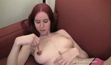 Sexy Yanks Rose Masturbating Her Slick Twat