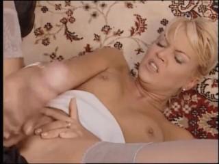 BEAUTIES BLOWJOB COMPILATION CUMSHOT POV oral sex scenes classic movies, girls lick penis till cum