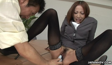 Japanese lady Emiri Mizukawa sucks dick uncensored