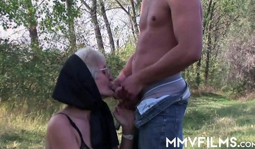 Slutty granny gets nailed outdoors