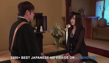 Sensual office lady, Yuzuna Oshima, intr