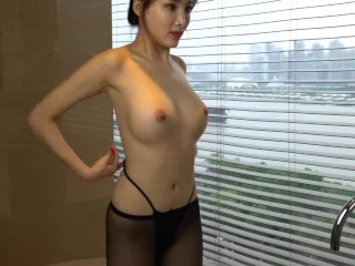 Chinese Model 周妍希 Alice Zhou - Nude Shoot BTS Raw 02