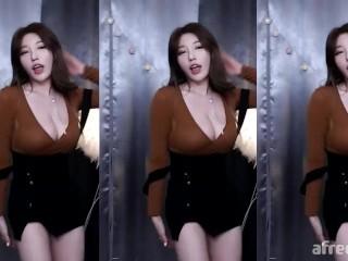 Korean bj dance 지삐 jeehyeoun