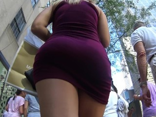 Big booty in purple dress candid