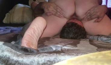 Sexy BBW sits on face and then deepthroats