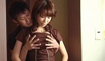 Big tits wife, Shizuku Natsukawa, receiv More at hotajp com