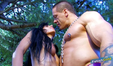 Skinny brunette pussy & anal fucked after outdoor photoshoot