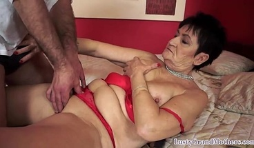 Facialized granny gets her cunt slammed after oral pleasuring