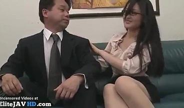 Japanese secretary in pantyhose satisfies tired boss