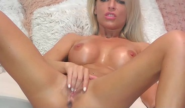 Slim Blonde Babe Anal Masturbating