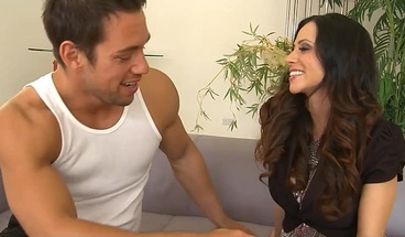 Alluring ariella ferrera horny for her neighbor
