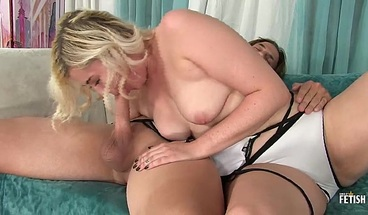 Amateur beautiful blonde fucking with older guy