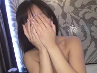 スッピンの美熟女が笑顔で変態セックス Beautiful mature woman with a HENTAI sex