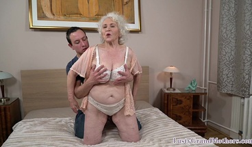 Bigass granny facialized after riding dick in the bedroom