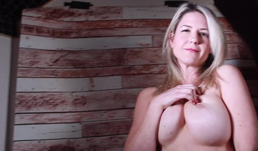 Kit Mercer's Big Tits Worked Solo.