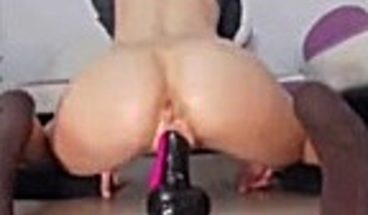 Webcam Slut Rides Dildo