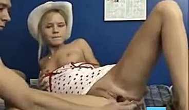 Camgirl dildo and anal in webcam