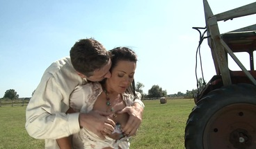Busty Cowgirl Fucked by Huge Cock Outdoor in the Field